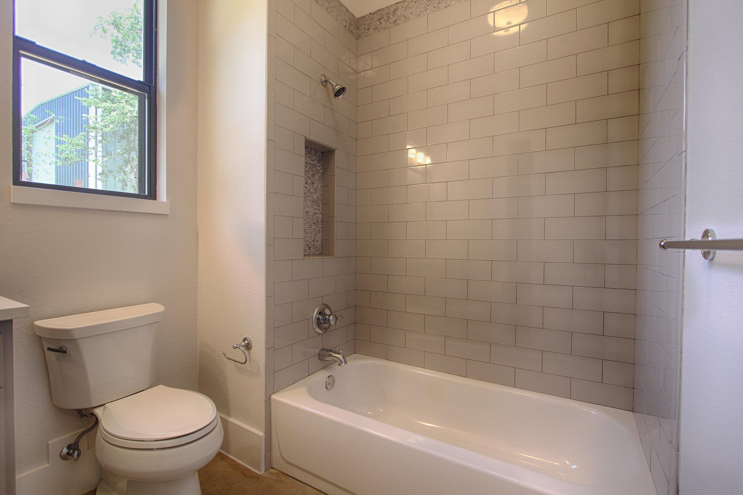 19 Bath 3.jpg