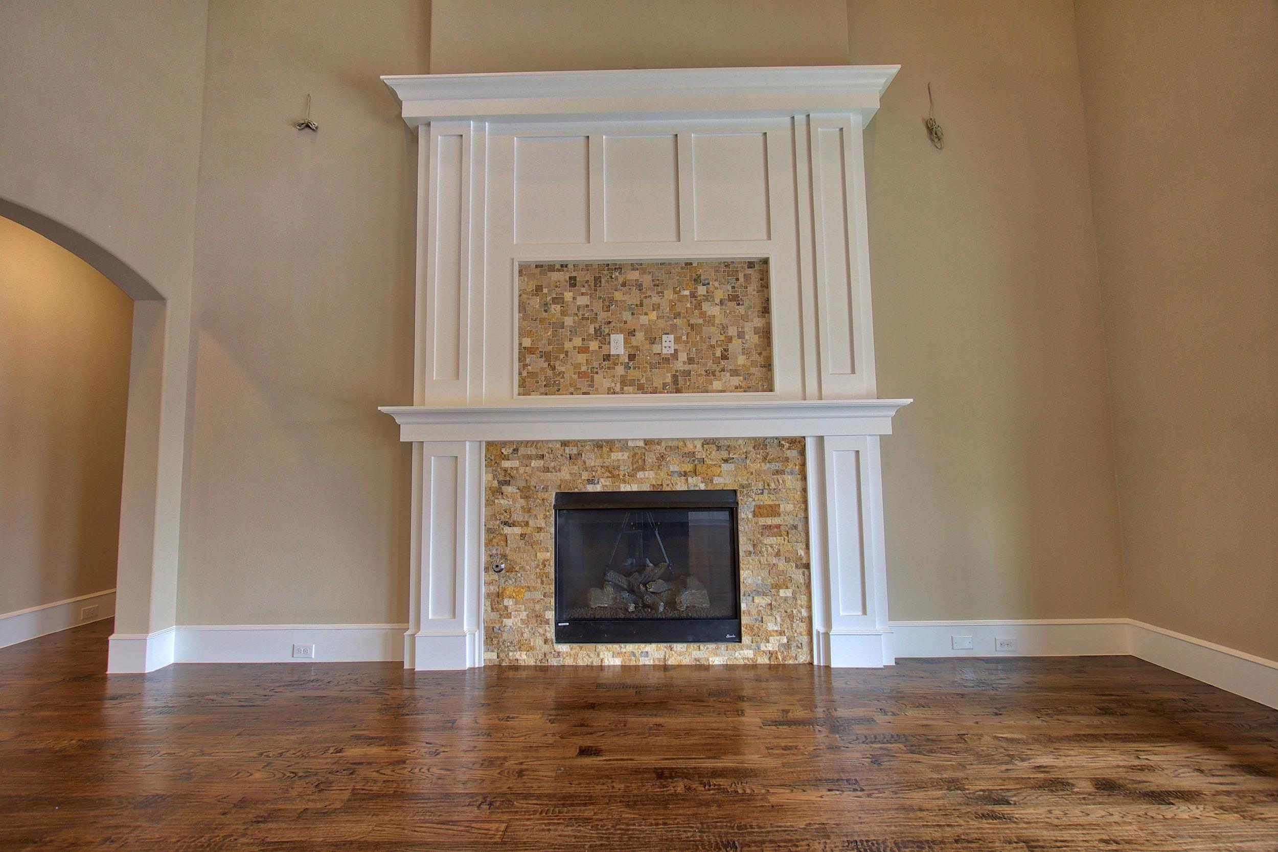 13 fireplace.jpeg