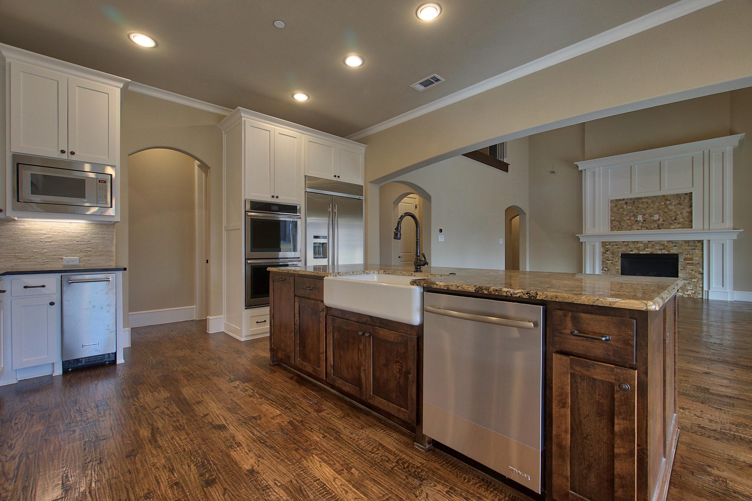 15 kitchen 3.jpeg