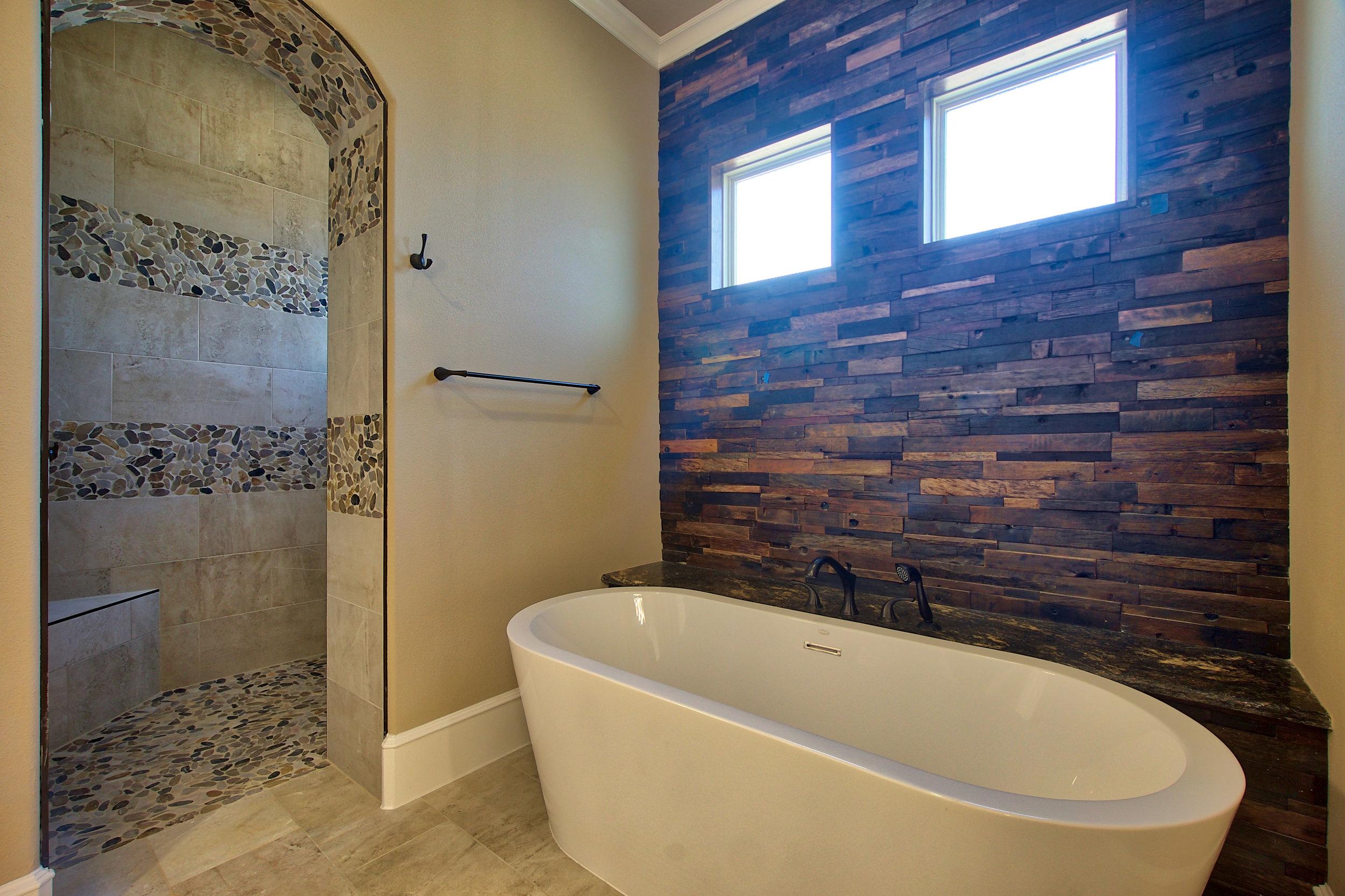 30 master bath 4.jpeg