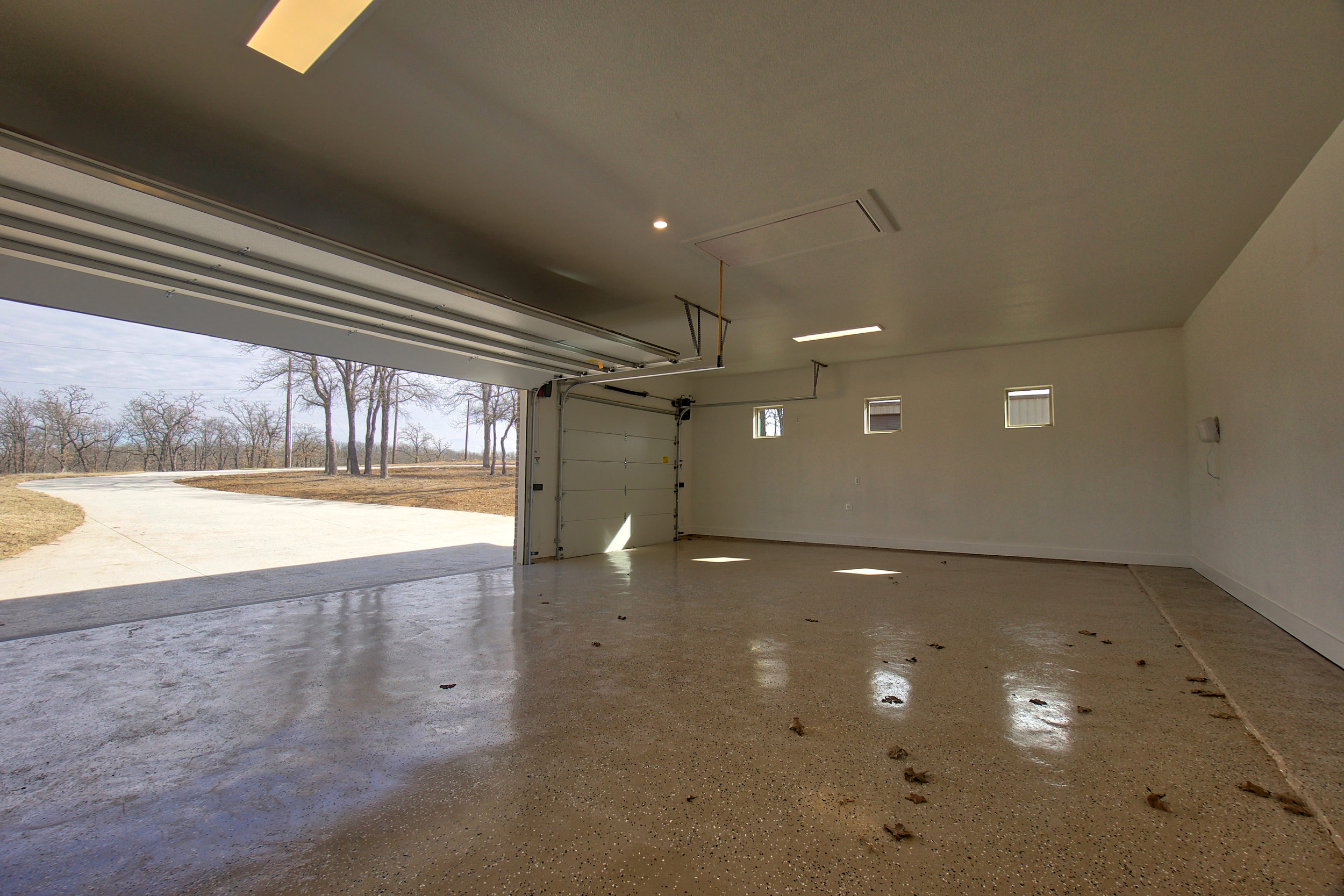 41 garage.jpeg