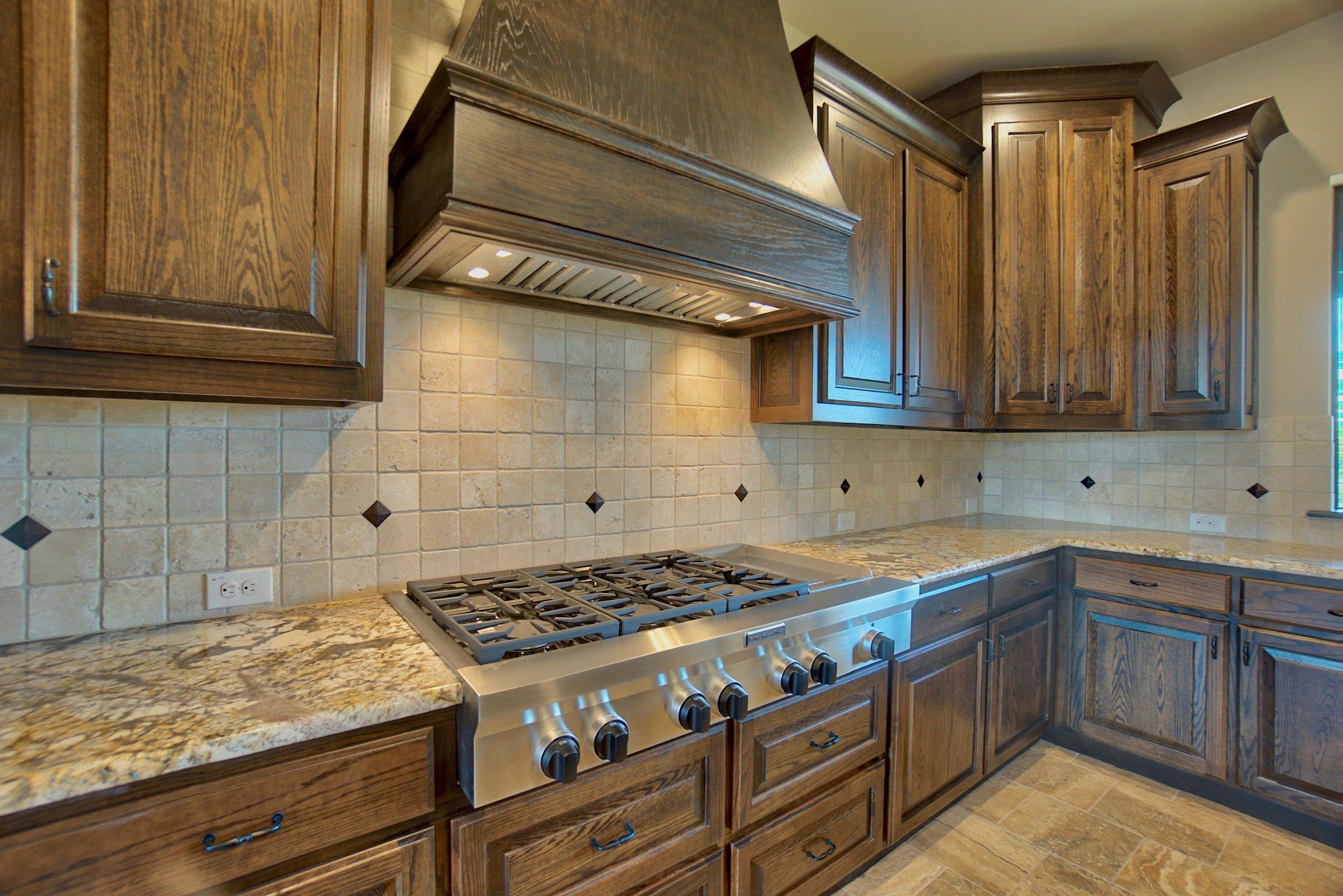 20 kitchen 9.jpg