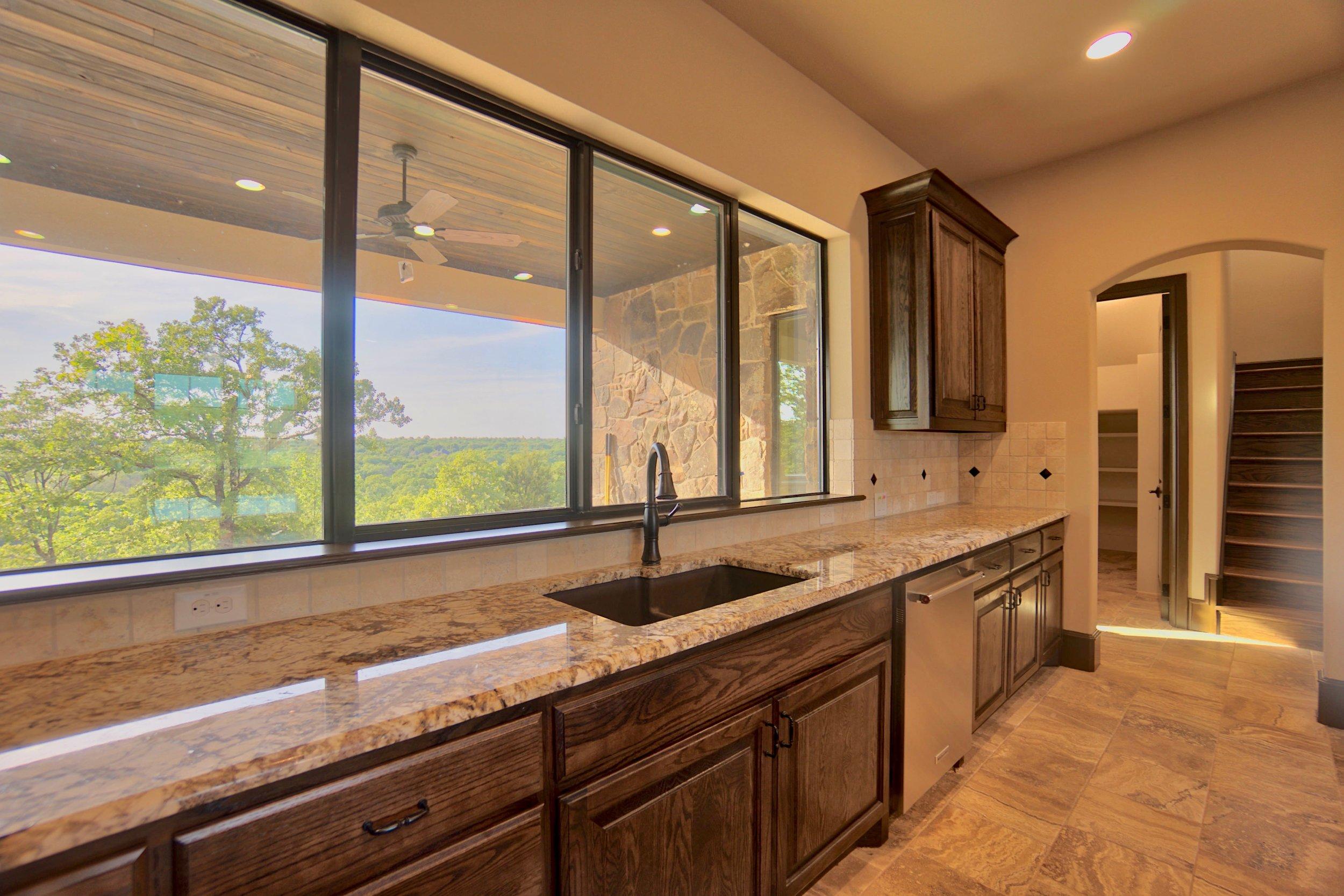 22 kitchen 11.jpg