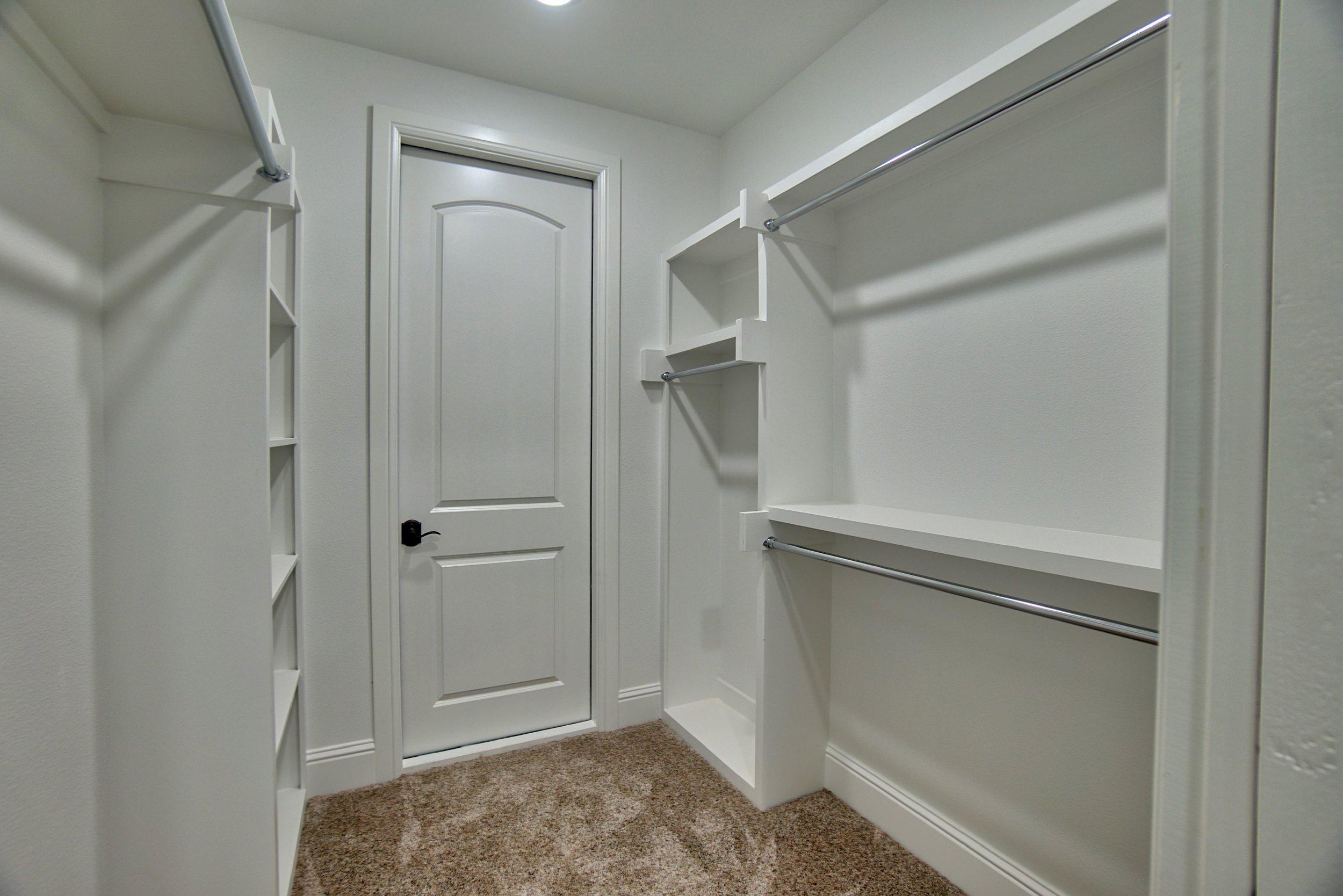49 closet 1.jpg