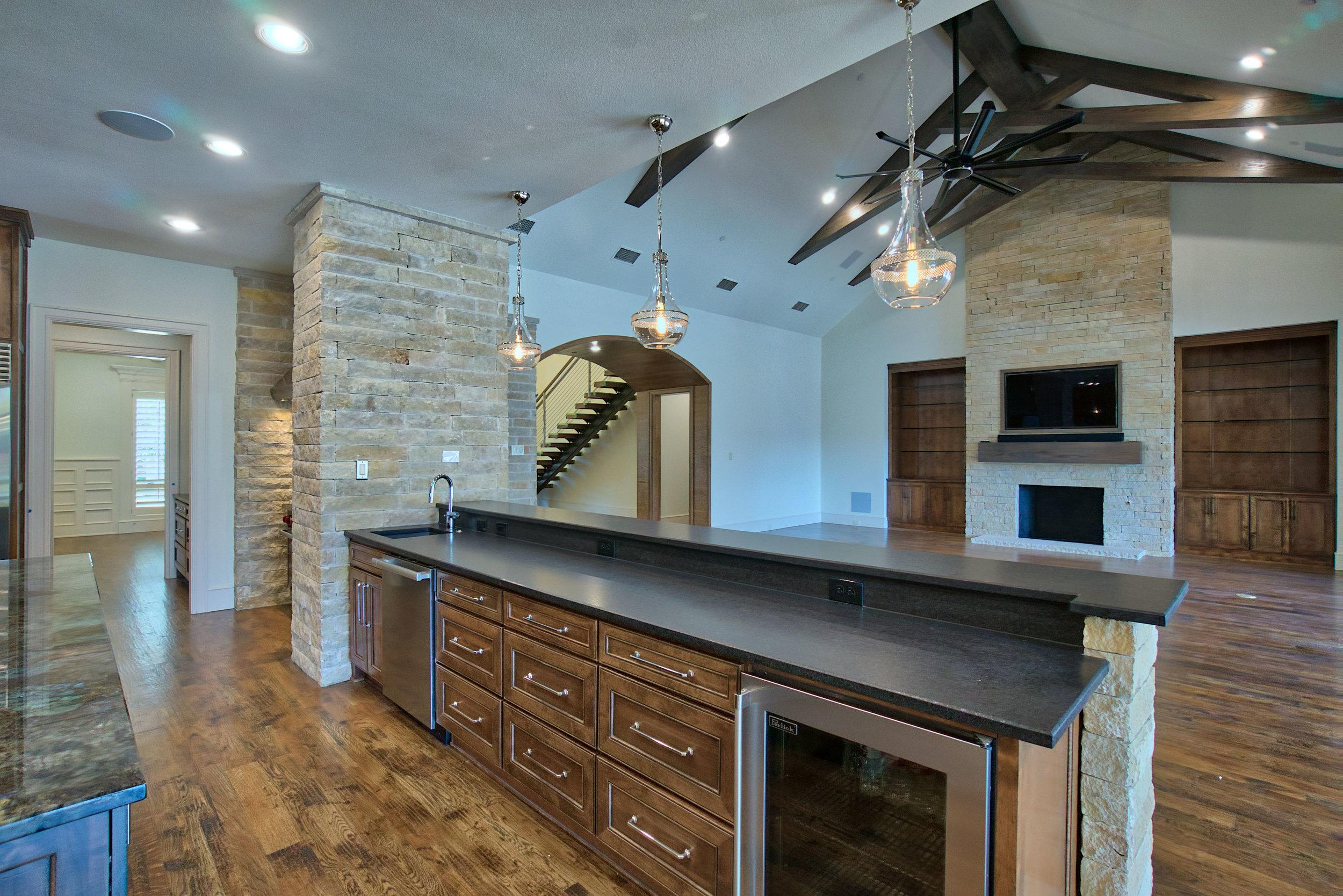 11 kitchen 4.jpeg