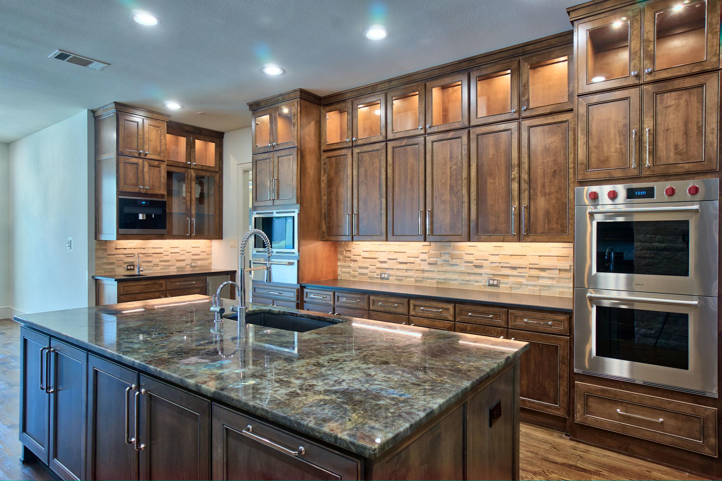 14 kitchen 7.jpeg