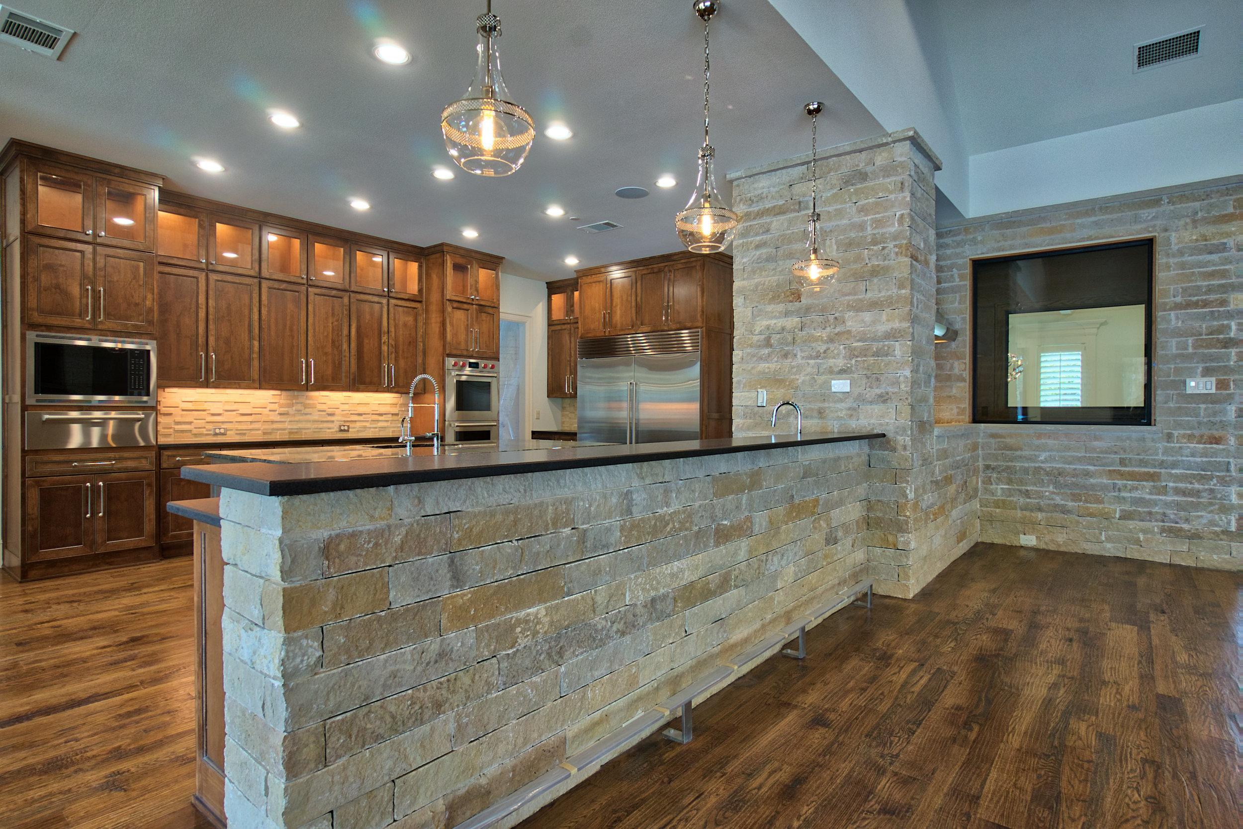 15 kitchen 8.jpeg