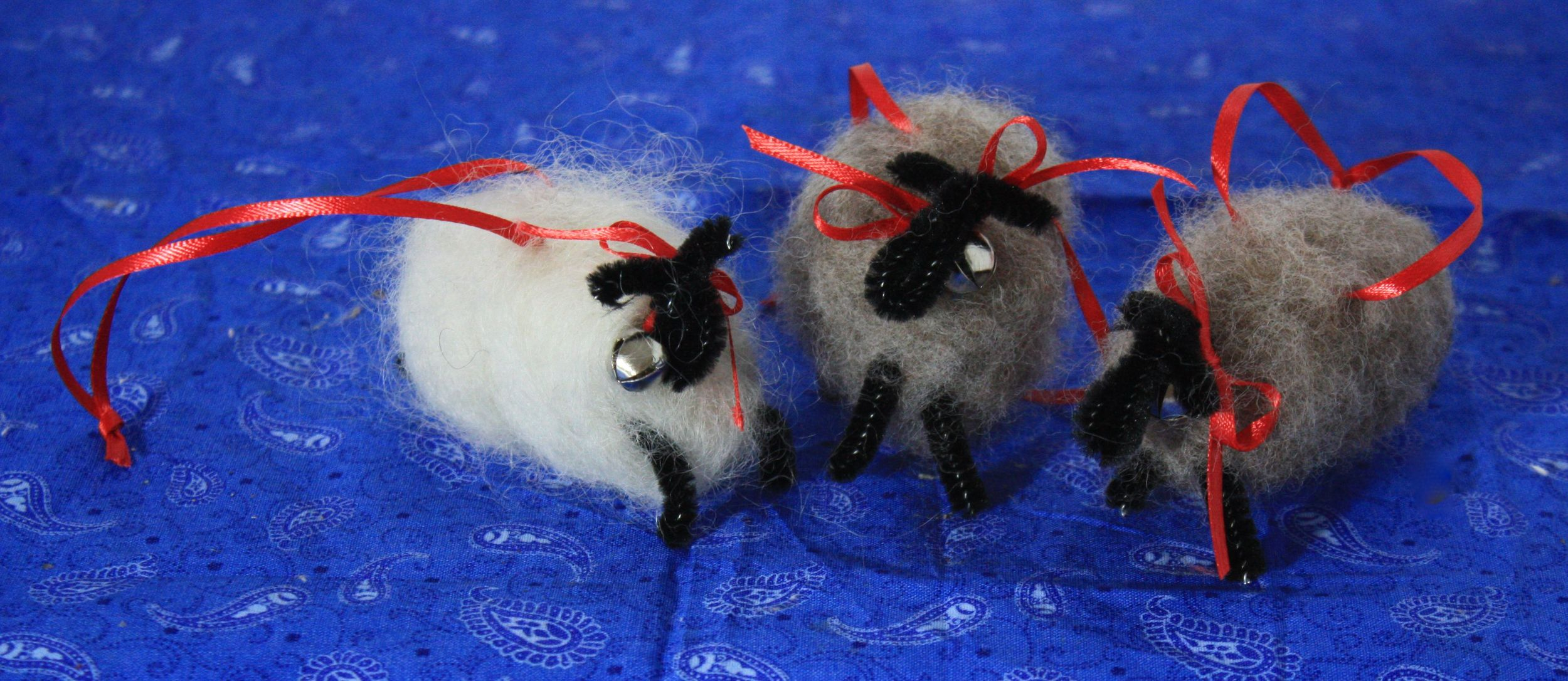 Felted sheep ornaments purchased from our friend Pam Kleppel of Longfield Farm at the Octagon Barn Market.
