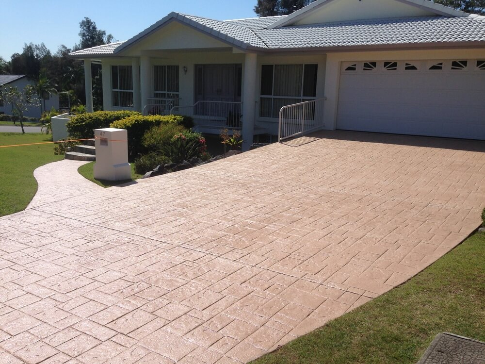 Newcrete Resealers Gallery - Drive and Garden Path Resealing.jpg