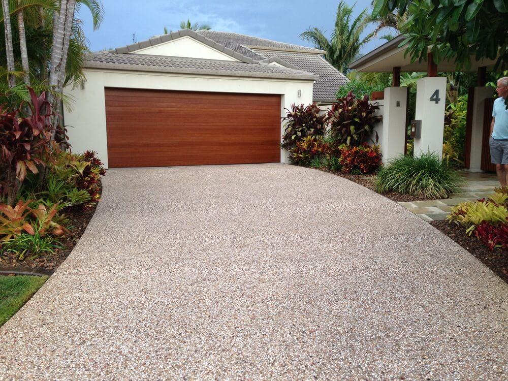 Newcrete Resealers Pressure Cleaning Gallery - Garage Driveway Pressure Cleaning.jpg