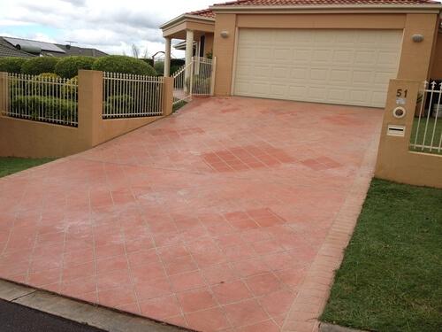 Newcrete Resealers Pressure Cleaning Gallery - Garage Driveway Tiles Before Pressure Cleaning.jpg