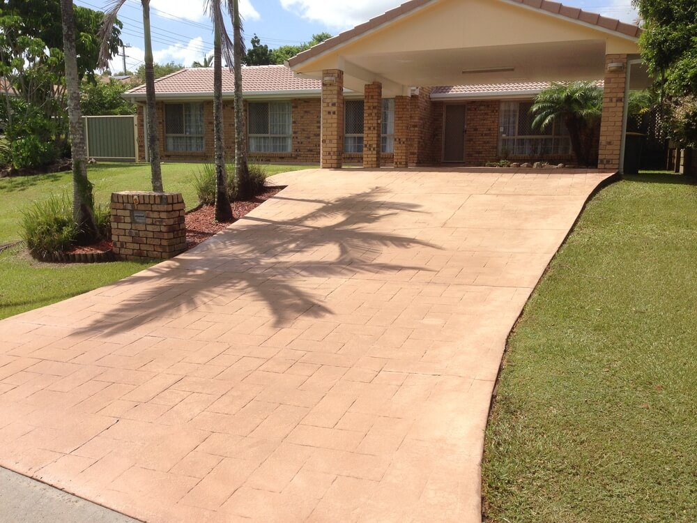 Newcrete Resealers Pressure Cleaning Gallery - Driveway Tiles After Pressure Cleaning.jpg