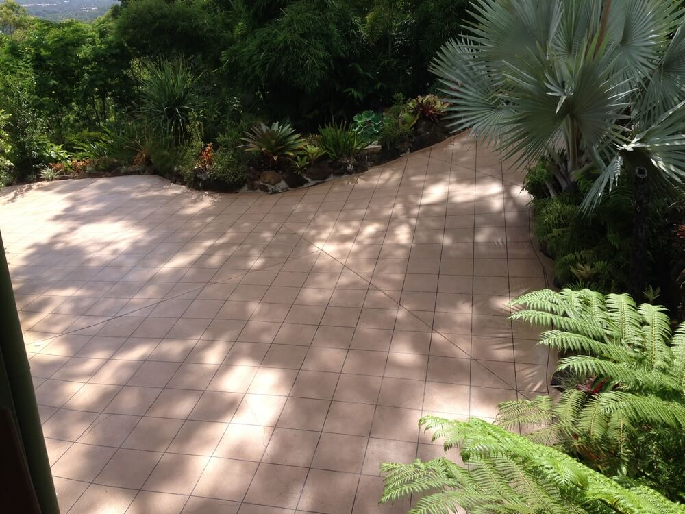Newcrete Resealers Pressure Cleaning Gallery - Lawn and Garden Tiles Pressure Cleaning.jpg