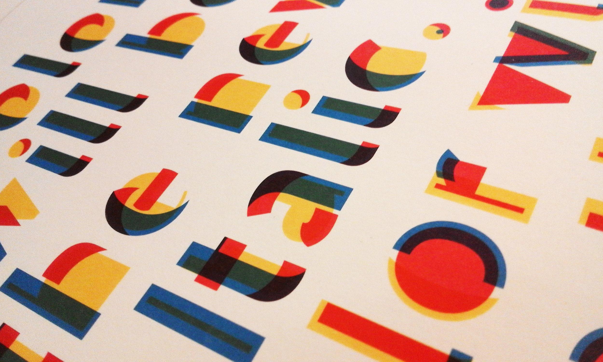 Designnovotypocolorbook01.jpg