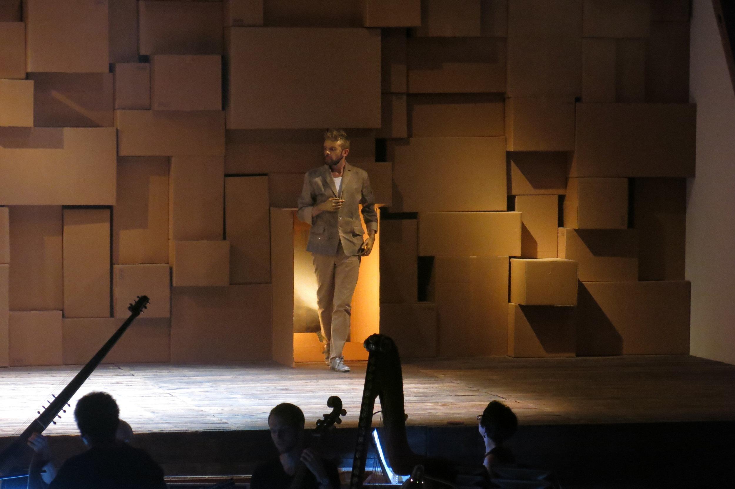 "L'Orfeo by Claudio Monteverdi · As ""Apollo"" · Ouverture Opera | Daedalus ensemble · Conductor: Roberto Festa · Regie: Olivia Seigne · September 2016 · Foto by © Alexandre Vogel"