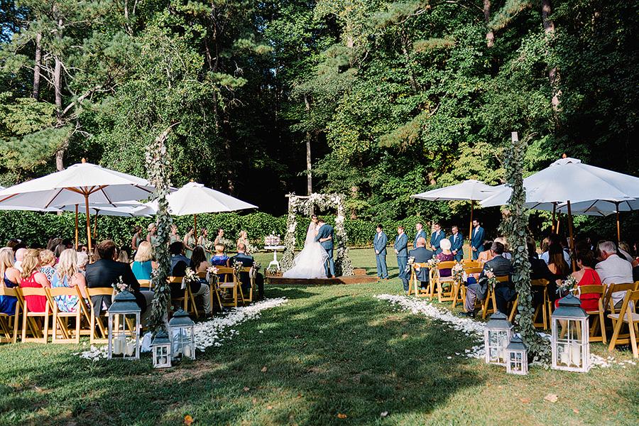 Little-River-Farms-Wedding-Floral-Design-10.jpg