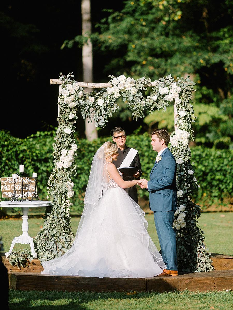 Little-River-Farms-Wedding-Floral-Design-15.jpg