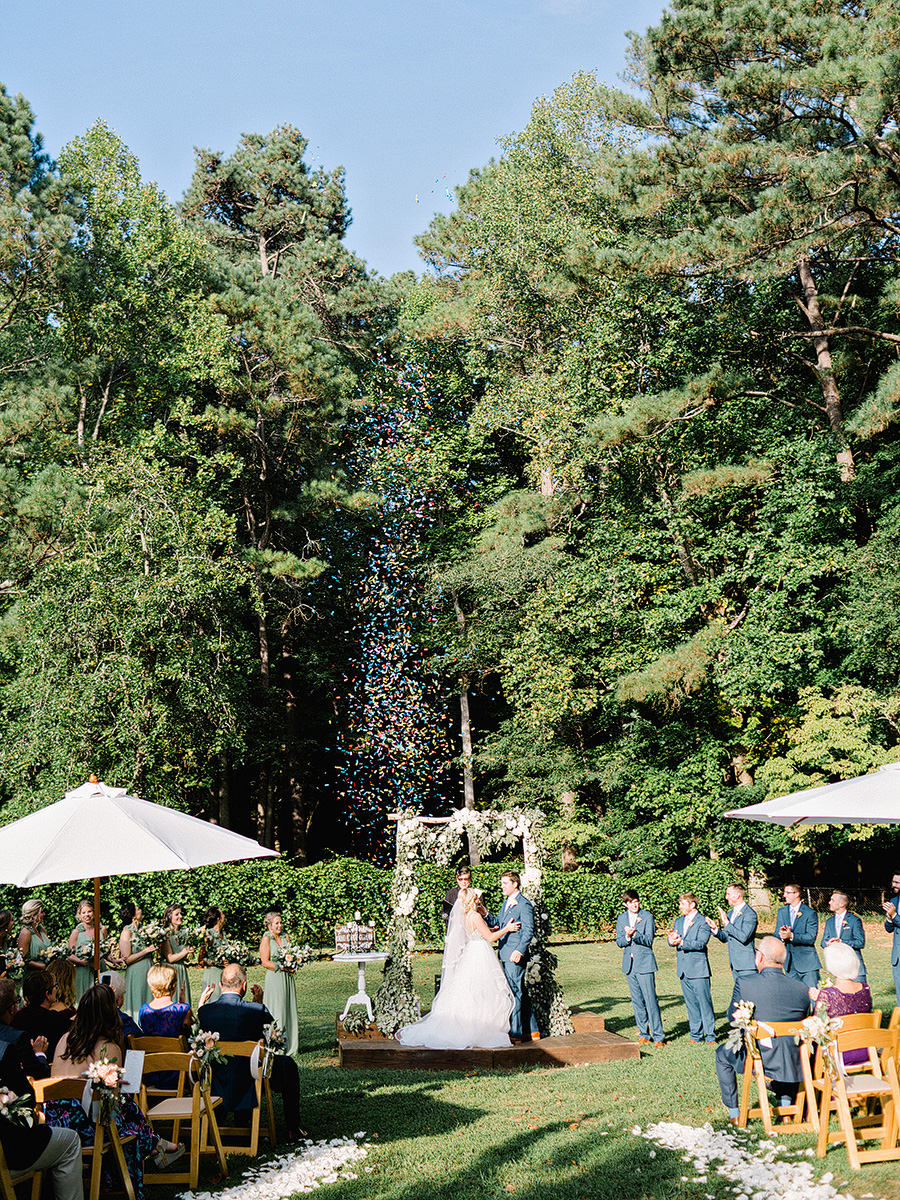 Little-River-Farms-Wedding-Floral-Design-16.jpg