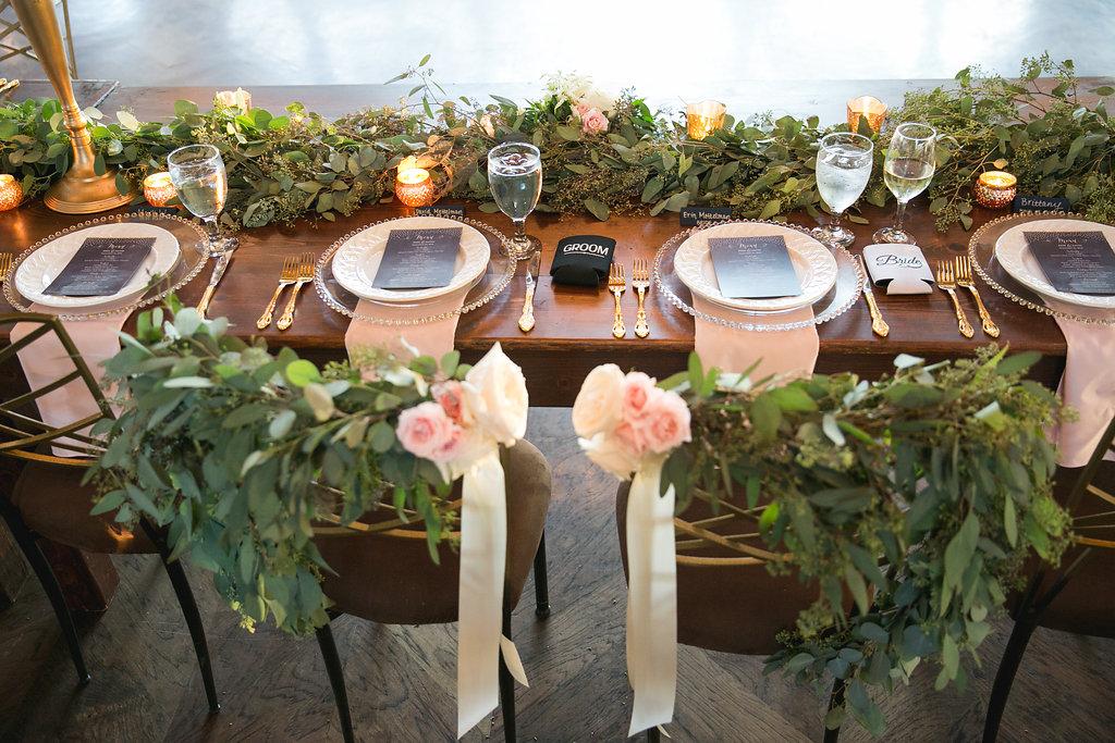 Foxhall-Resort-Wedding-Floral-Design-25.jpg