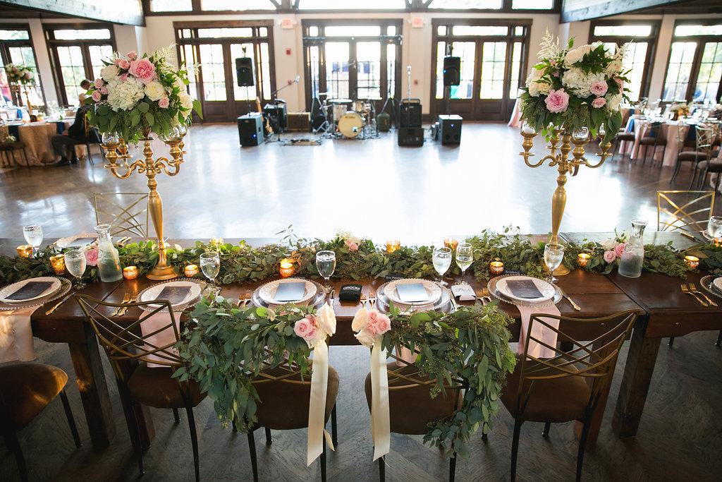Foxhall-Resort-Wedding-Floral-Design-26.jpg