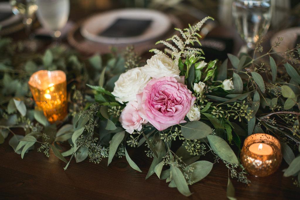 Foxhall-Resort-Wedding-Floral-Design-29.jpg
