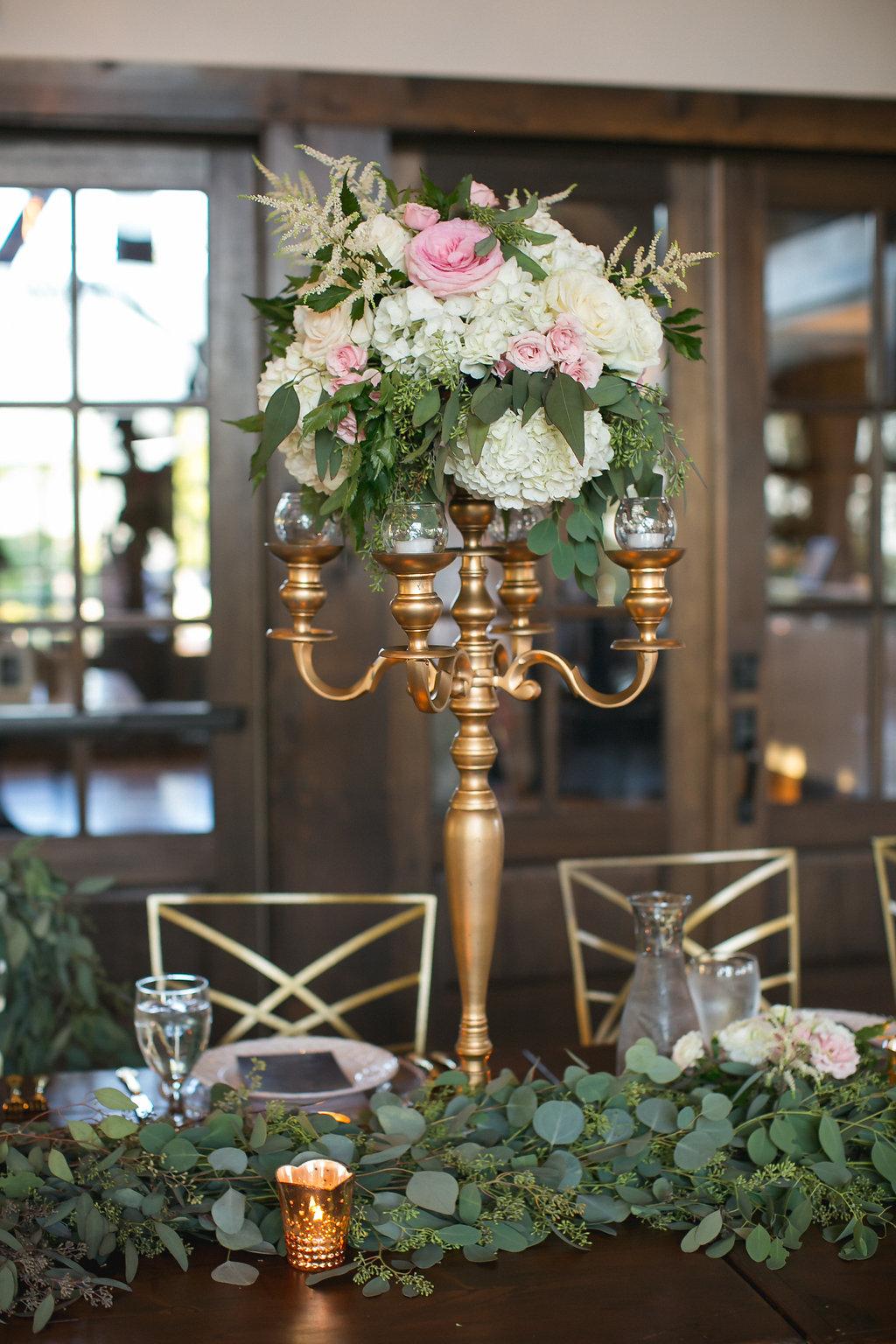 Foxhall-Resort-Wedding-Floral-Design-28.jpg