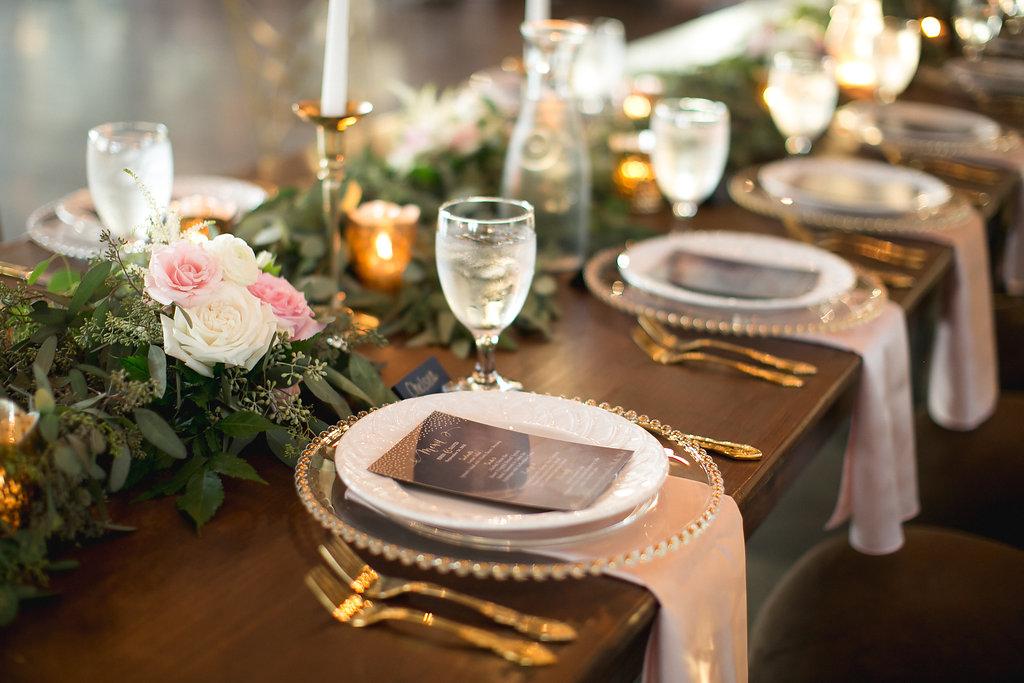 Foxhall-Resort-Wedding-Floral-Design-30.jpg