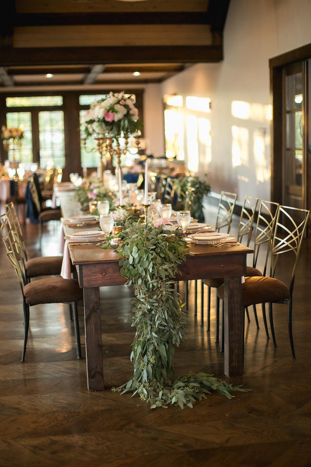 Foxhall-Resort-Wedding-Floral-Design-31.jpg