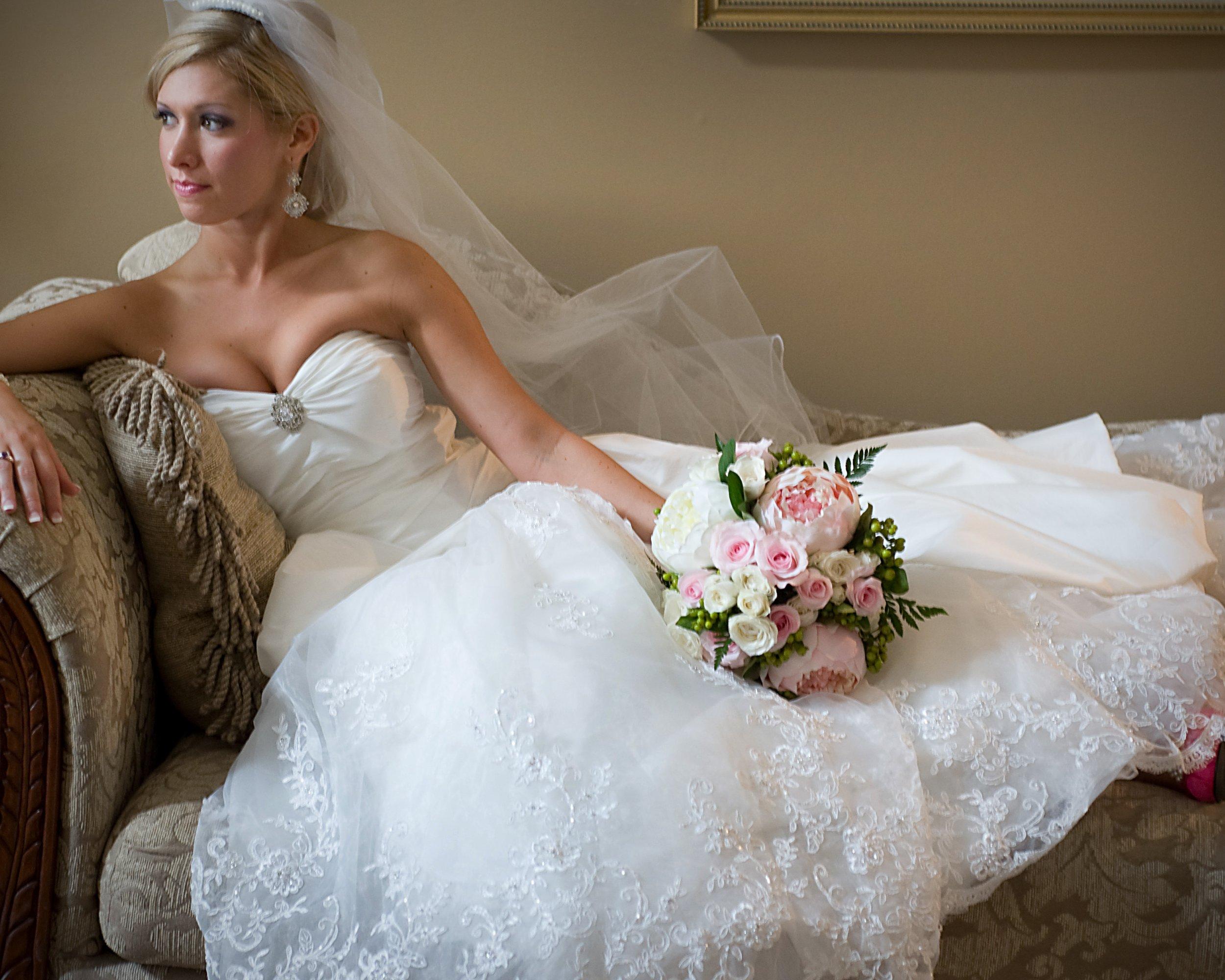 deseriee wedding3.jpg