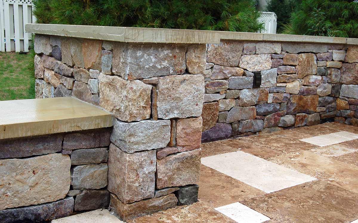 Granite retaining walls in Landisville, Pa