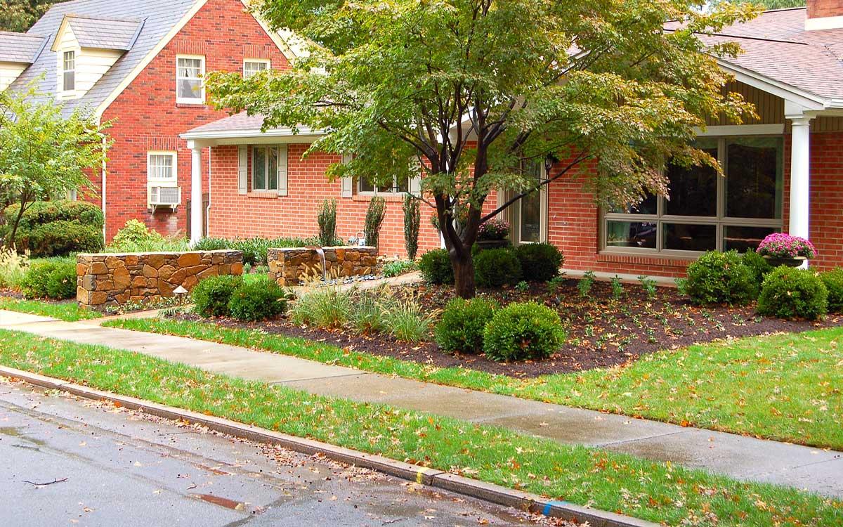 Front yard garden design in Hershey, PA