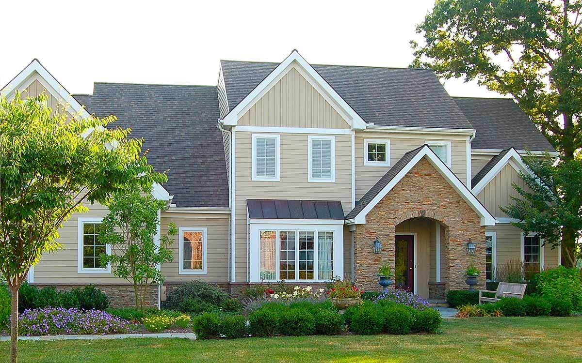 Front yard garden design in Lancaster, PA