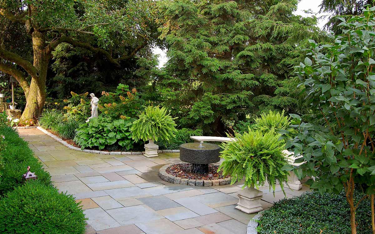Landscape design with fountain off the living space
