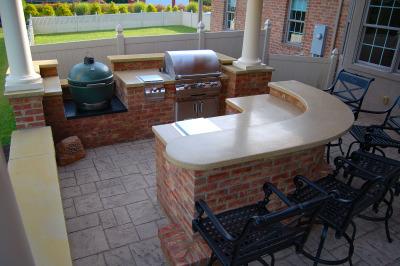 Circular Outdoor Kitchen