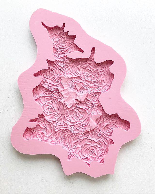 Pink Mold #icecastbronze #moldmaking #silicone #process