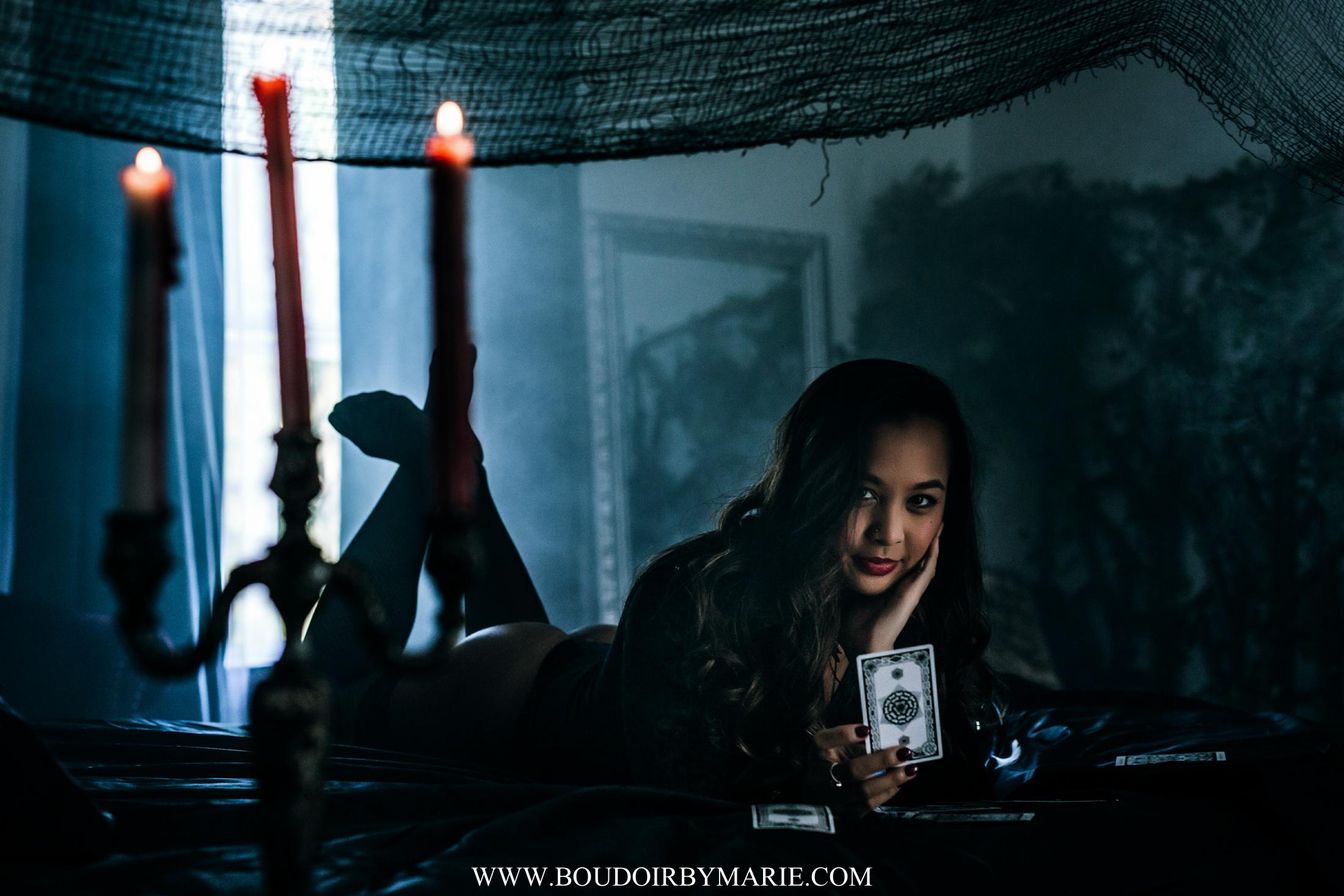 BoudoirbyMarie-HalloweenBoudoir-6.jpg