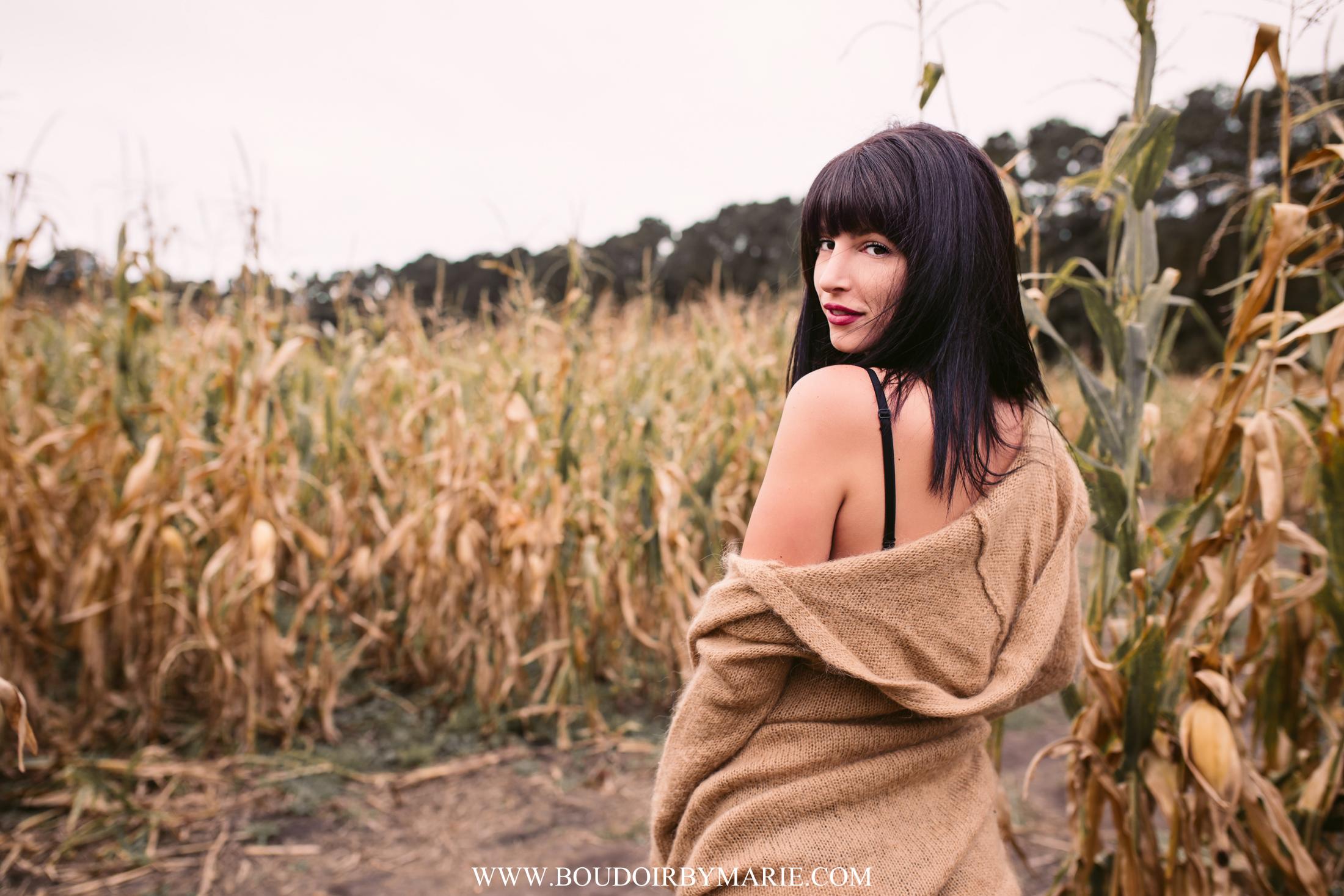 BoudoirbyMarie-AutumnBoudoir-8.jpg