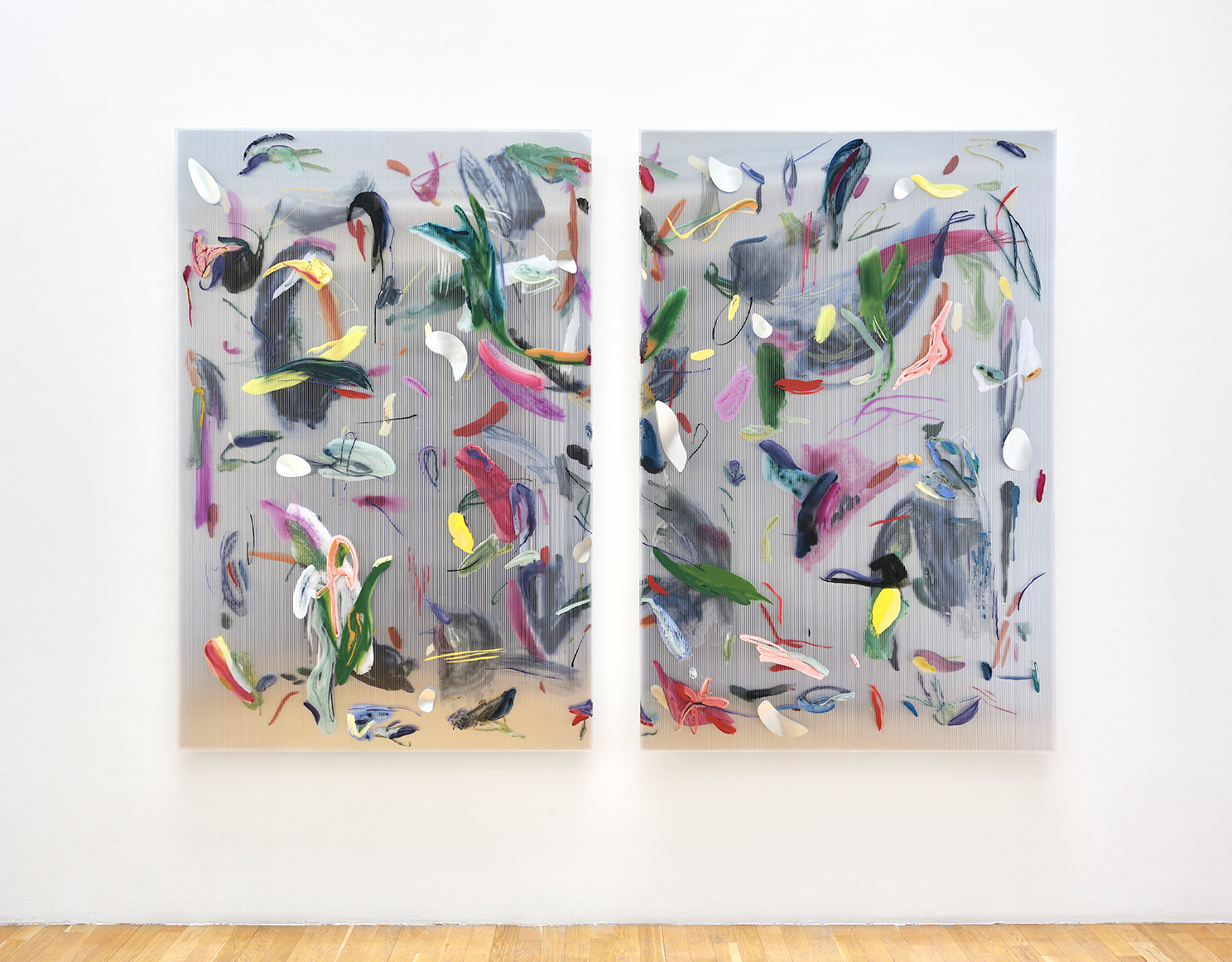 Untitled (Ampersand) , 2019 gouache, acrylic, ink on polycarbonate, two-way mirror, aluminum, threaded rods 183 x 257 cm  © Rebecca Fanuele