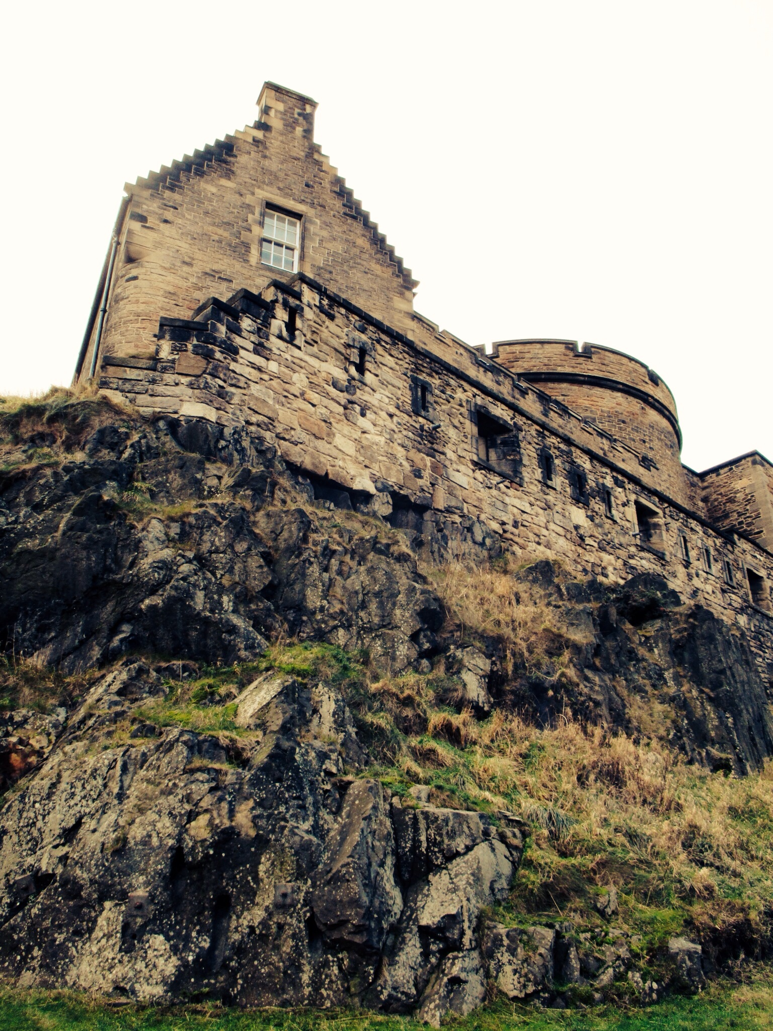 View of the Edinburgh Castle from Granny's Greens