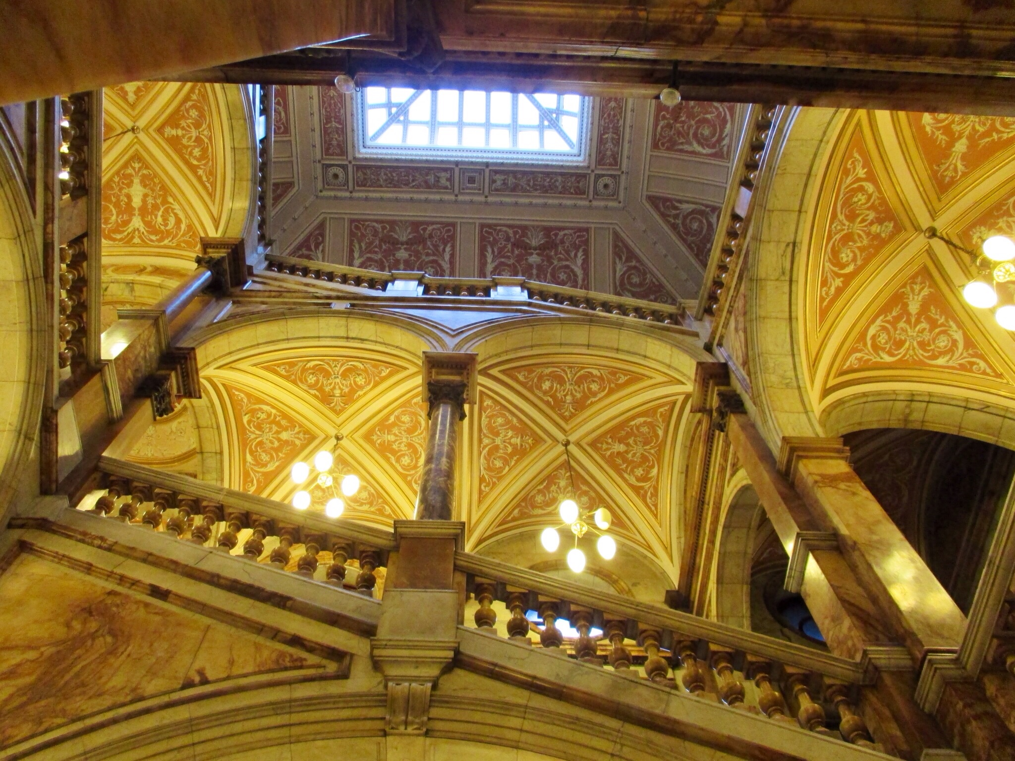 Interior staircase @ Glasgow City Chambers