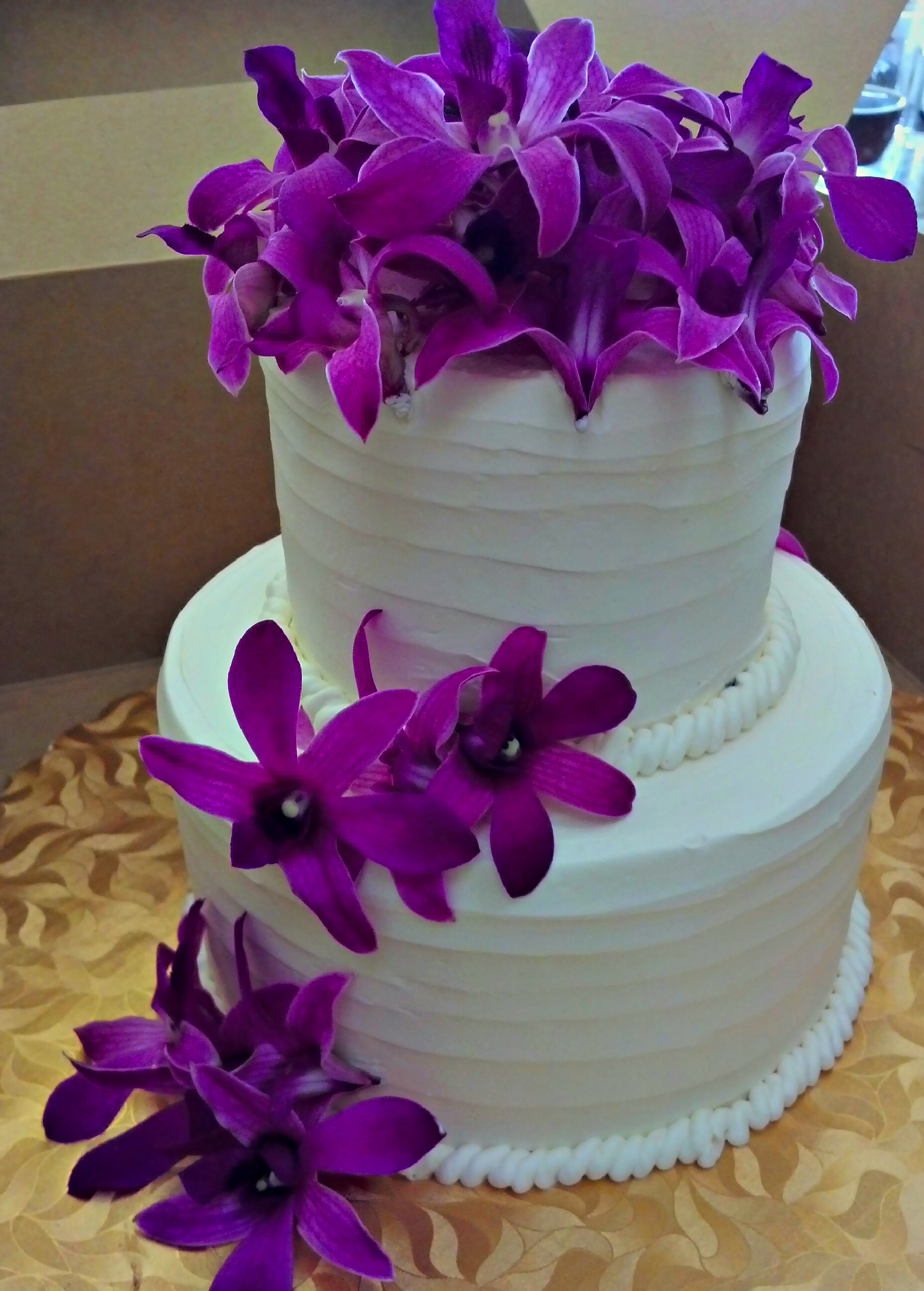 Small wedding cake.jpg