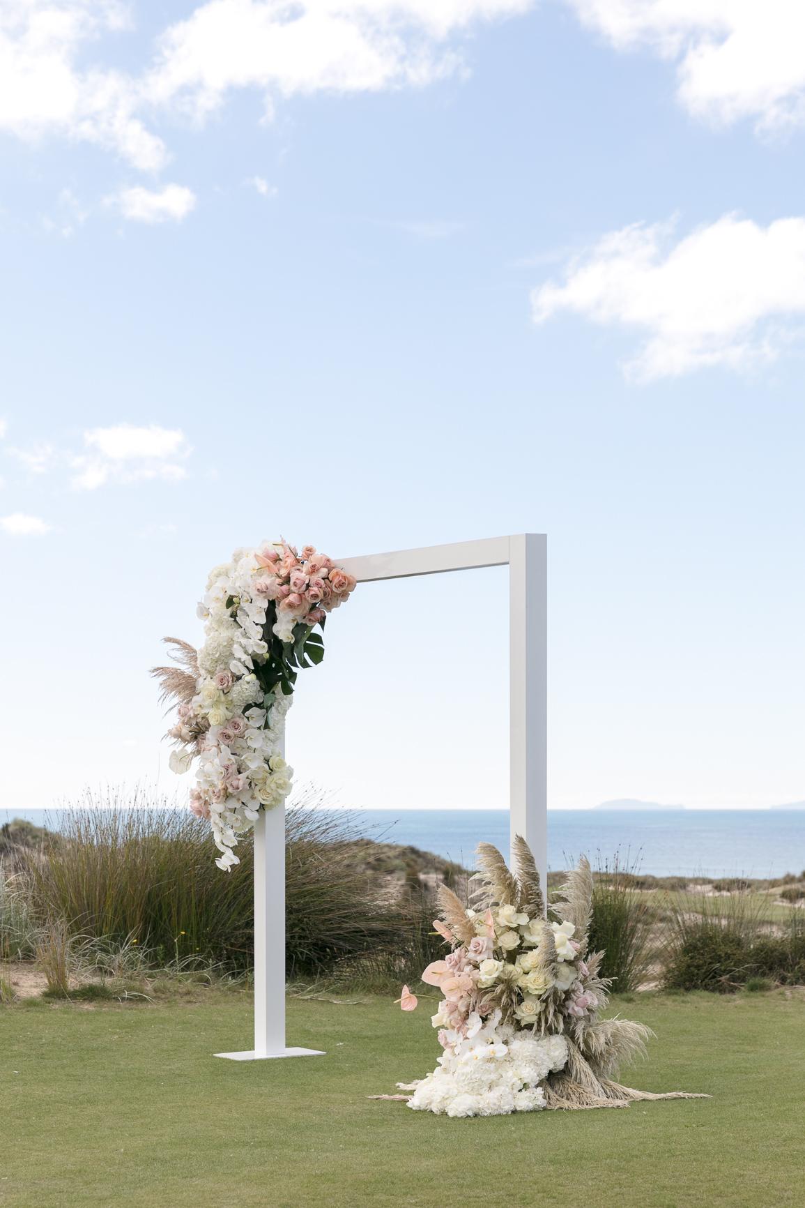 ©MichelleWeir-Blush-TaraIti-Wedding-72dpi-039.jpg