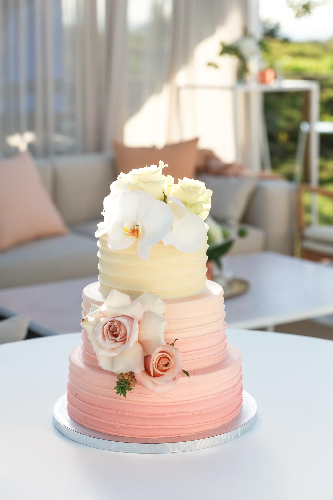 ©MichelleWeir-Blush-TaraIti-Wedding-72dpi-083.jpg
