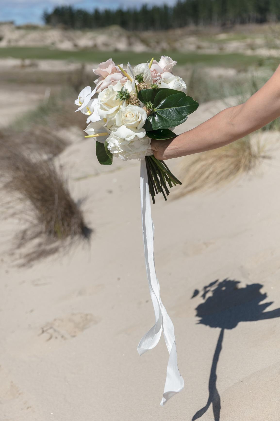 ©MichelleWeir-Blush-TaraIti-Wedding-72dpi-015.jpg