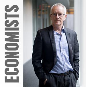 economists_steve_keen