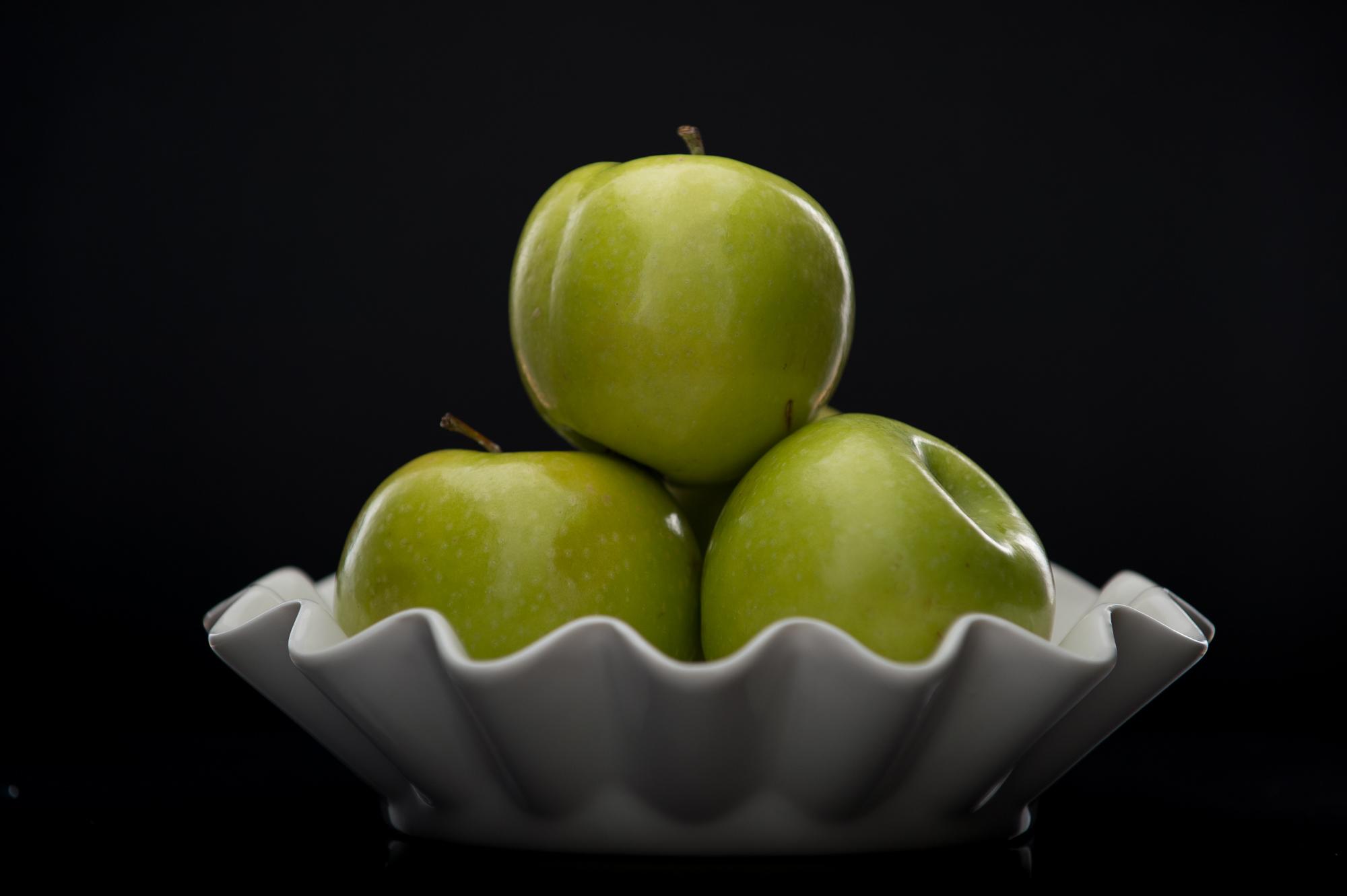 bowl-of-green-apples.jpg