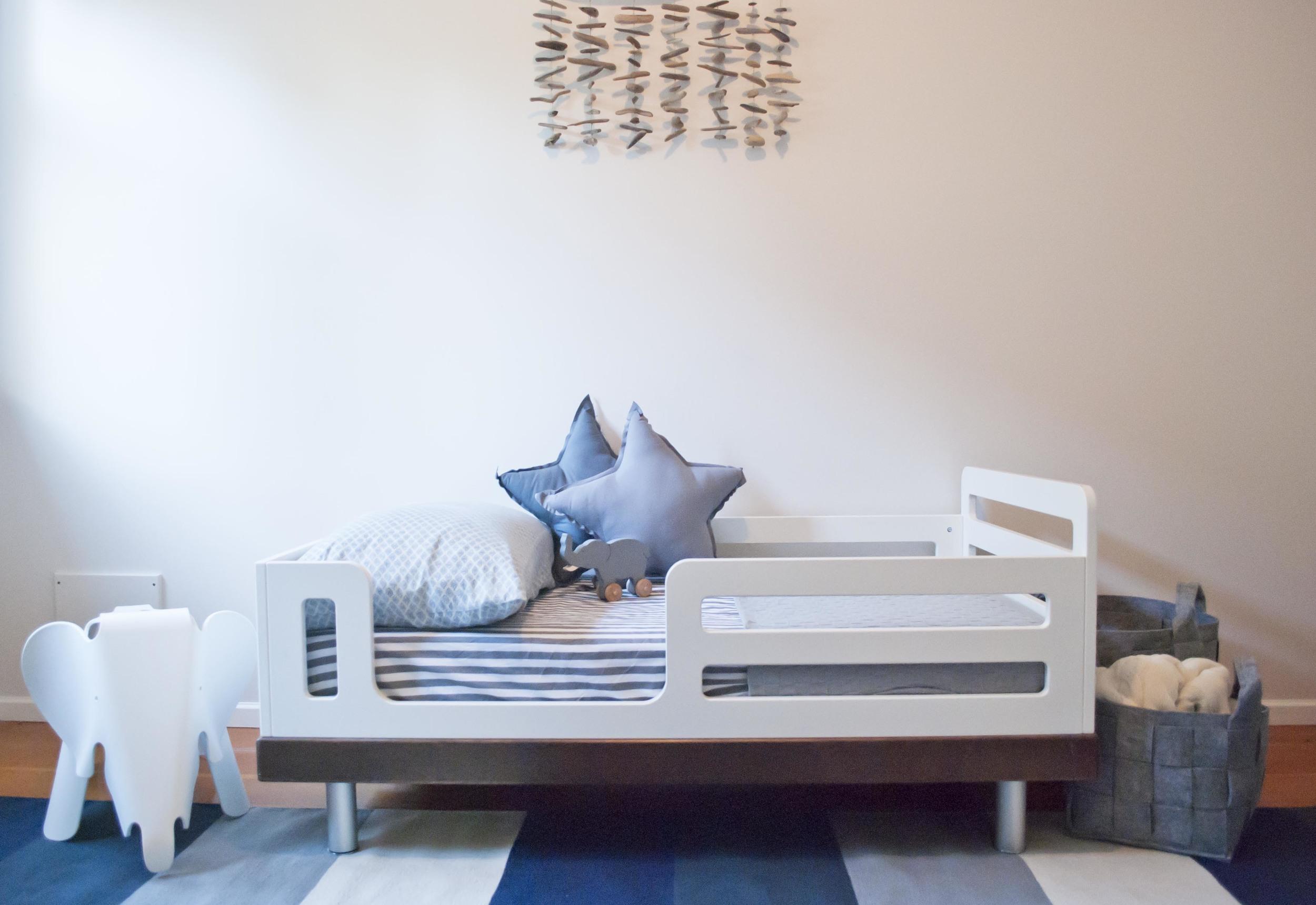toddler bed.jpg