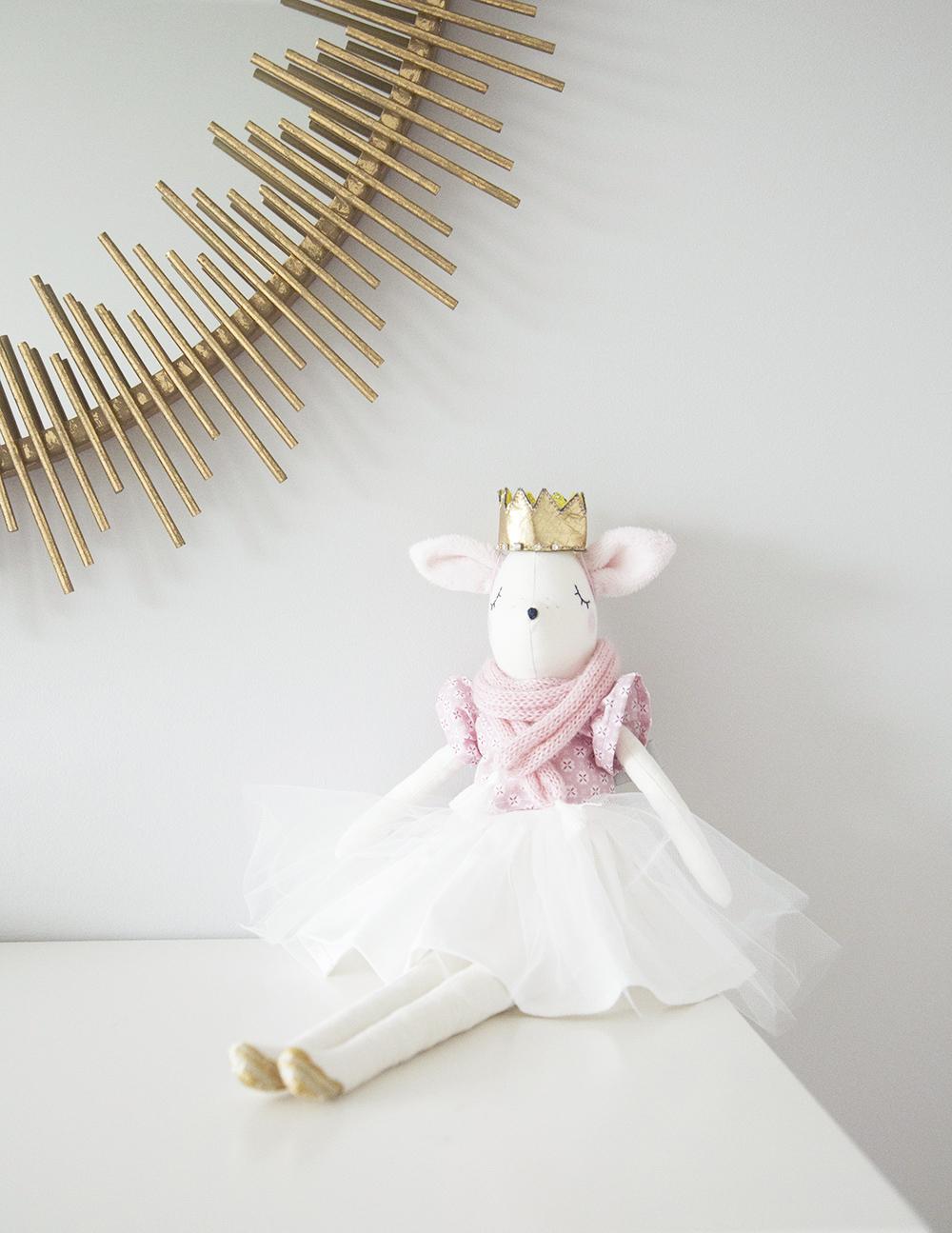 Deer animal softie in girl room