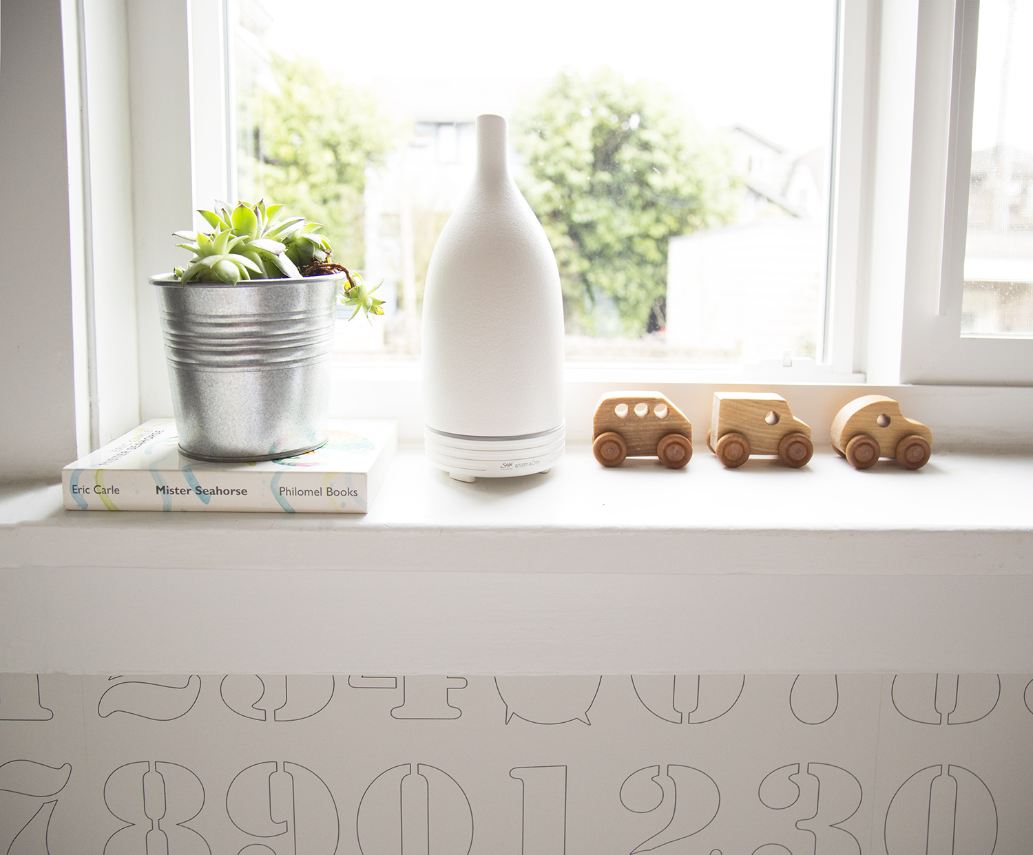 Saje Wellness AromaOm Nebulizer in white