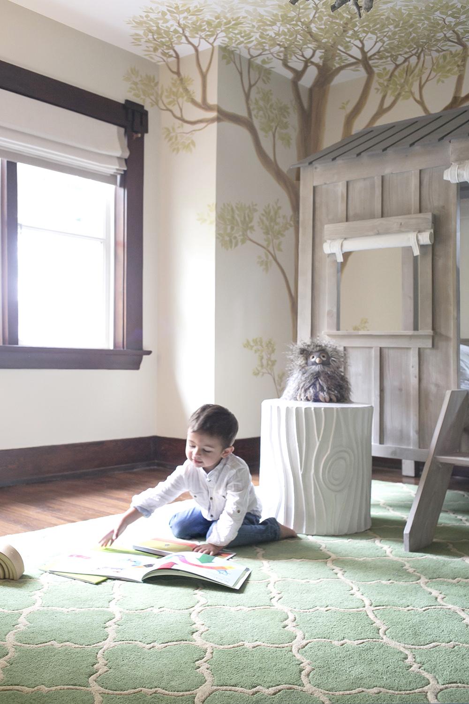 Emil reading book 1000px.jpg